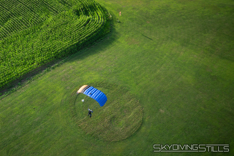 "Rob turned that smile upside down. <br><span class=""skyfilename"" style=""font-size:14px"">2019-08-04_skydive_cpi_1478</span>"