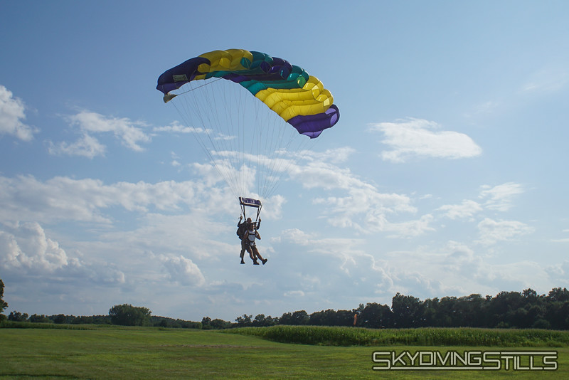 """Hasan's tandem with Mike. <br><span class=""""skyfilename"""" style=""""font-size:14px"""">2019-08-04_skydive_cpi_1177</span>"""