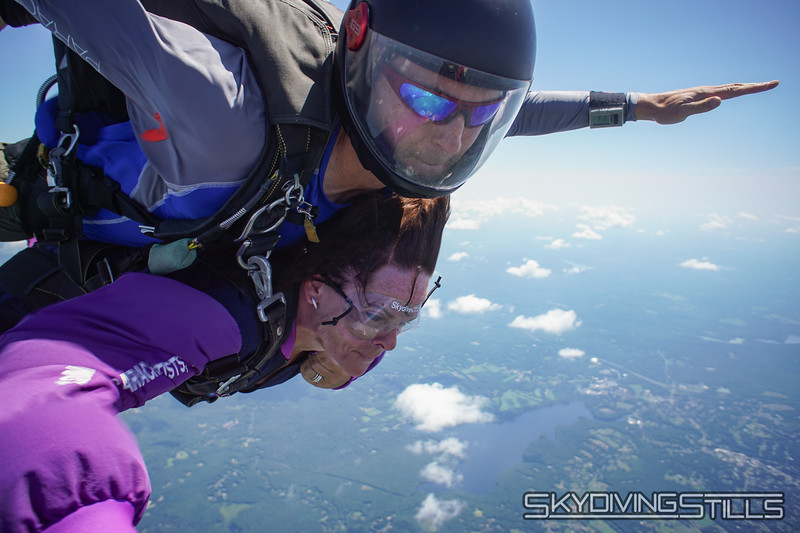 """Lynne's tandem with Justin. <br><span class=""""skyfilename"""" style=""""font-size:14px"""">2019-08-04_skydive_cpi_0589</span>"""