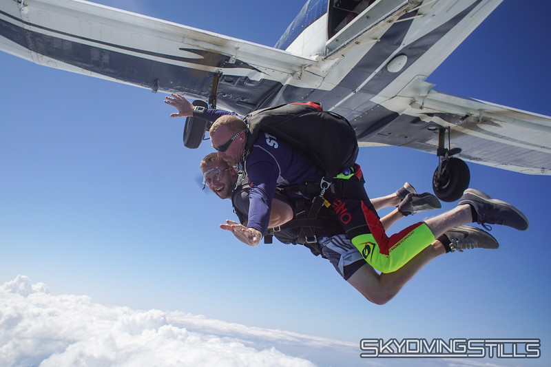 "Colin's tandem with Dimes. <br><span class=""skyfilename"" style=""font-size:14px"">2019-08-04_skydive_cpi_0835</span>"