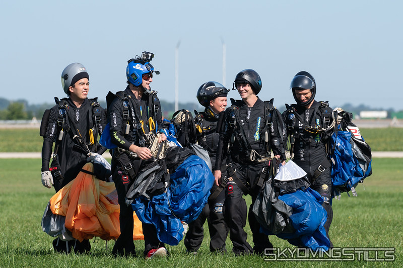 "SDC Rhythm. Published in Parachutist, November 2018. <br><span class=""skyfilename"" style=""font-size:14px"">2018-09-11_skydive_csc_0275</span>"