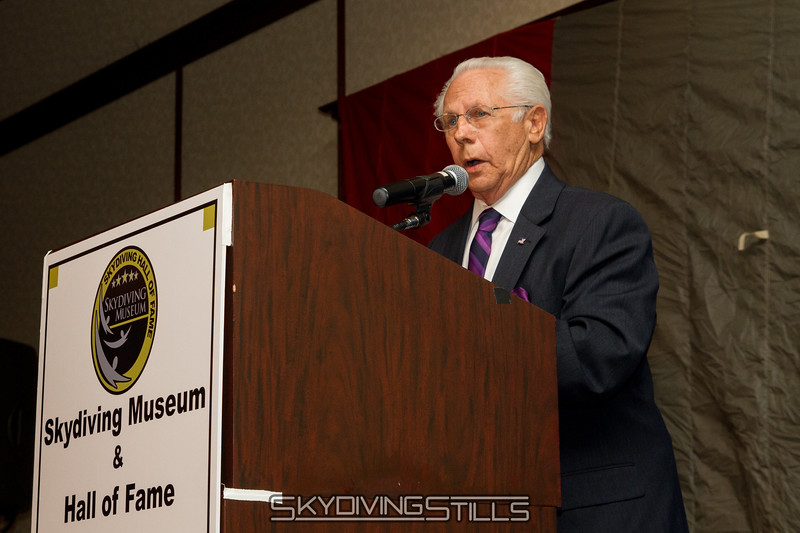 """Bob Henry speaks about the late Bob Sinclair.  Published in Parachutist, December 2015. <br><span style=""""font-size:14px"""">2015-10-03_skydive_cpi_0345</span>"""