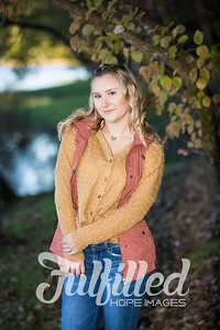 Skylar Sikes Fall Senior Session (7)
