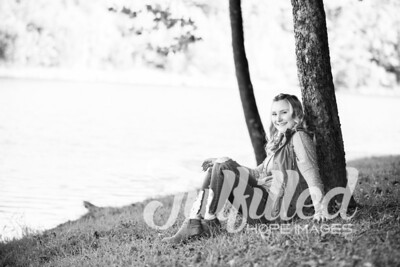 Skylar Sikes Fall Senior Session (23)