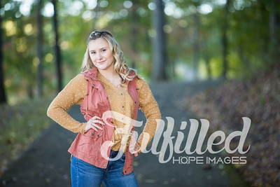 Skylar Sikes Fall Senior Session (18)