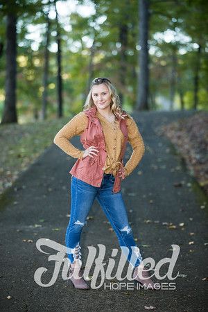 Skylar Sikes Fall Senior Session (15)