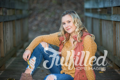 Skylar Sikes Fall Senior Session (42)