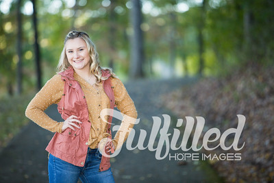 Skylar Sikes Fall Senior Session (19)