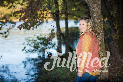 Skylar Sikes Fall Senior Session (2)