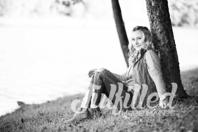 Skylar Sikes Fall Senior Session (21)