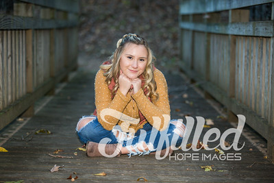 Skylar Sikes Fall Senior Session (39)