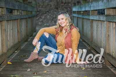 Skylar Sikes Fall Senior Session (41)