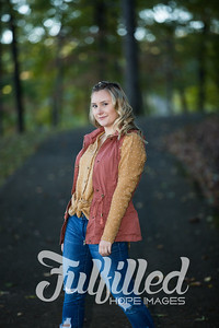 Skylar Sikes Fall Senior Session (13)