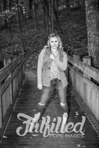 Skylar Sikes Fall Senior Session (27)