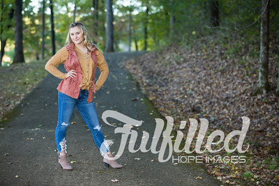 Skylar Sikes Fall Senior Session (17)
