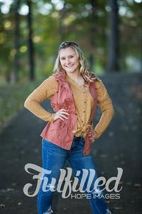 Skylar Sikes Fall Senior Session (16)