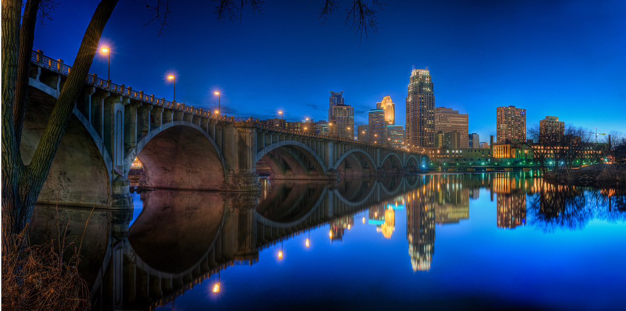 Minneapolis Skyline & 3rd Ave. Bridge--SL1004