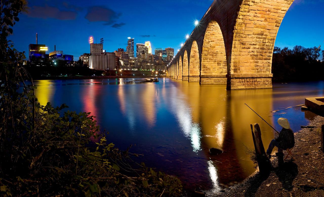 Stone Arch Bridge Fishing---SL1007
