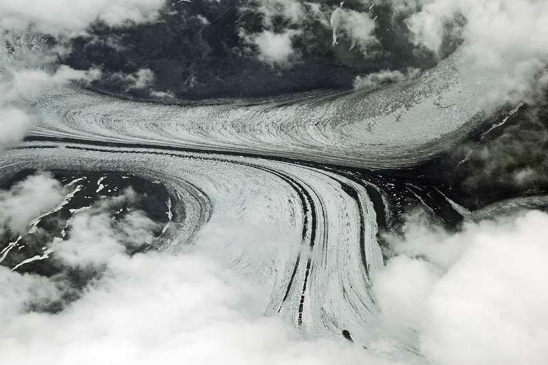 Ice flow patterns in merging glaciers, southern Alaska