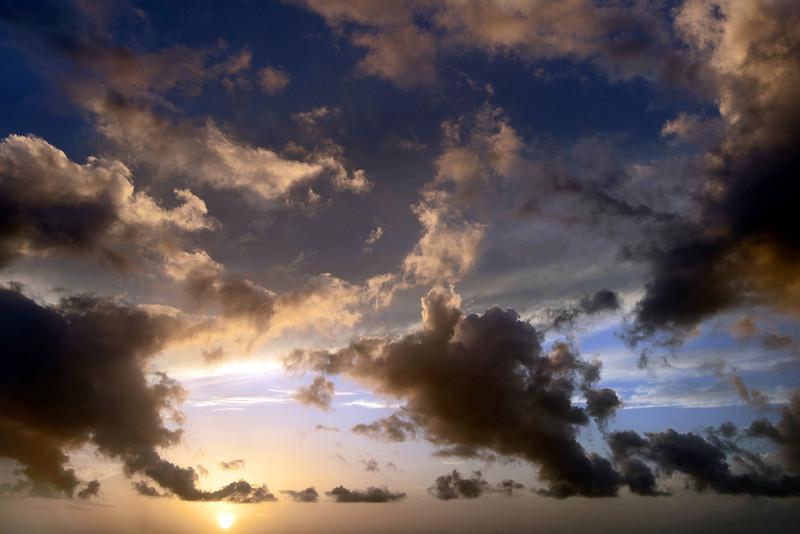 Dissipating tropical rain clouds, Bonaire