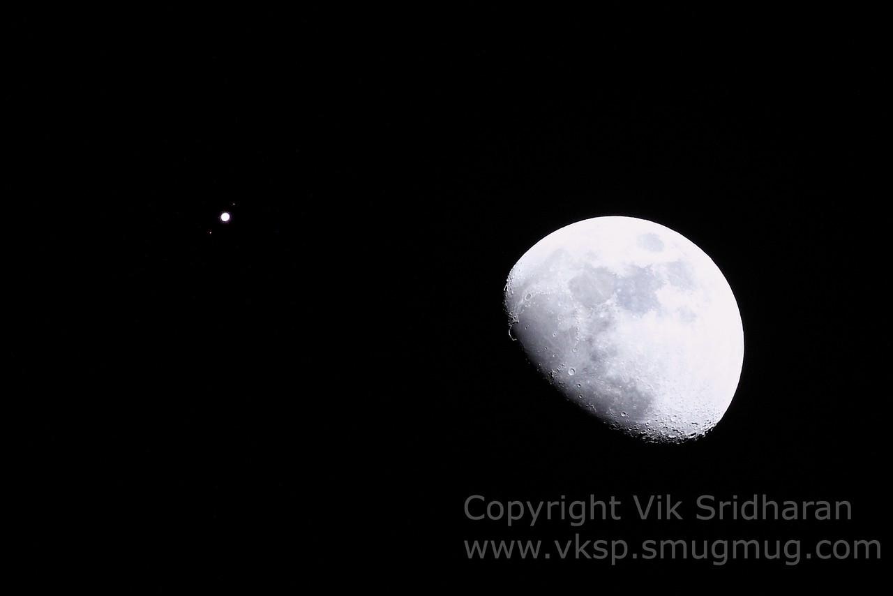 http://www.vksphoto.com/Skyscapes/Moon-Shots/i-hJxXpmB/0/X2/IMG_3249CS5%203-6-13-X2.jpg