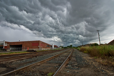 Shelf cloud in Minneapolis, summer 2014