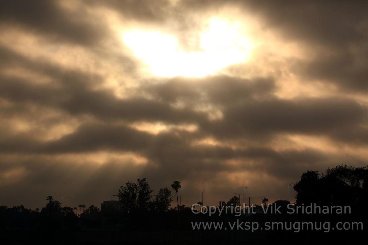 http://www.vksphoto.com/Skyscapes/Sunsets/i-MjccVSR/0/X2/IMG_6694-X2.jpg