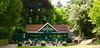 V údolí je malebná kaviarnička, Valley Garden Tea Rooms. Robia aj kávu.
