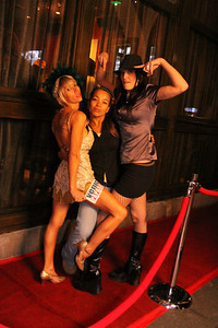 12 20 08  Venice Paparazzi rolls out the red carpet for Debi Nevill, Evan Button and KJB Kiely   Nikki's www nikkivenice com Photo by Venice Paparazzi  (26)