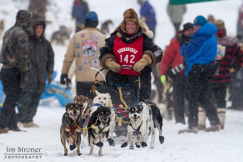 Martha Schouweiller at start of 2014 John Beargrease Mid-Distance race