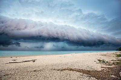 Shelf Cloud Storm: Leland, Michigan