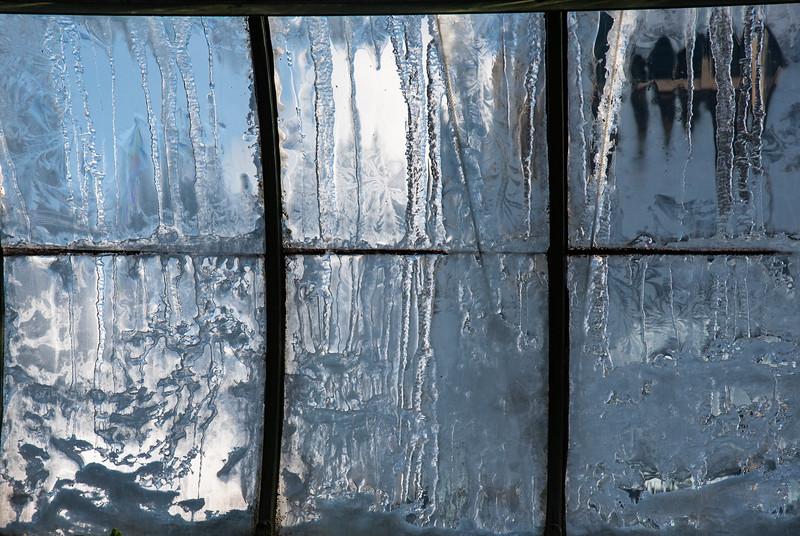Niagra Greenhouse Window