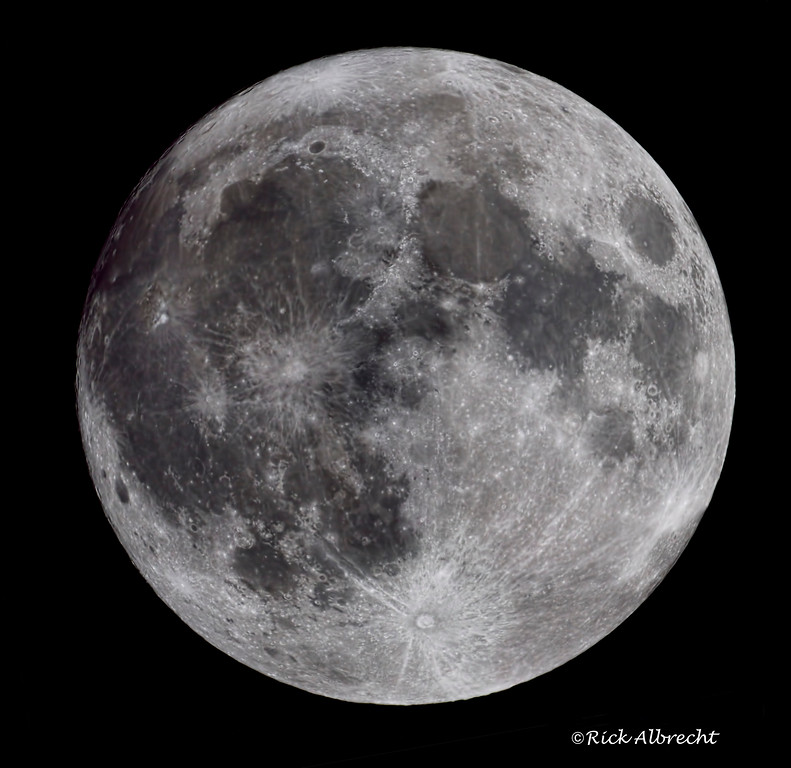 This image of the full moon is a six image panorama using a focal length of 4700mm.  The original image is 72MP in size.