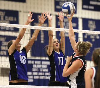 Hannah #17 going for the block...