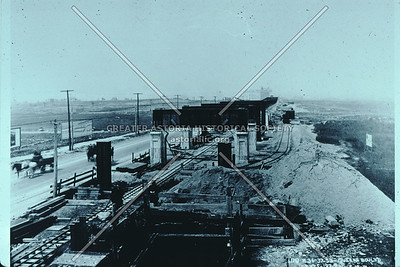 Building the Queens Boulevard subway viaduct at 46 St, 1914