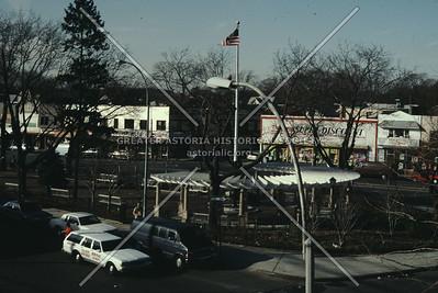 Queens Village LIRR station plaza, Jamaica Ave