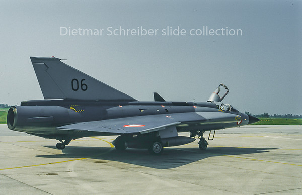 06 Saab 35 Draken Austrian Air Force