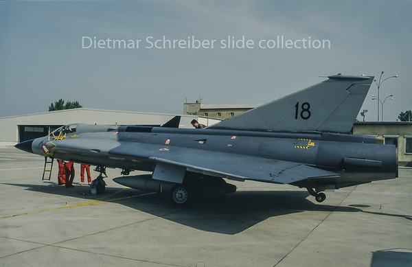 18 Saab 35 Draken Austrian Air Force