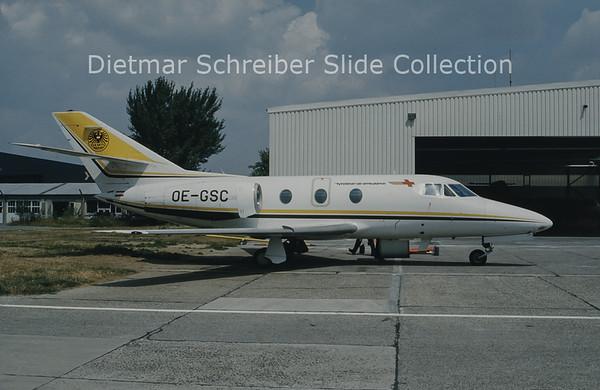 OE-GSC Falcon 10 Heli AIr / ÖAMTC