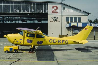 OE-KFG Cessna 182J (c/n 182-57234) Fallschirmsportverein Wr. Neustadt