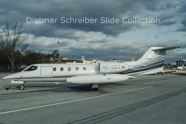 OE-GBR Learjet 35A (c/n 35-088) Airtaxi