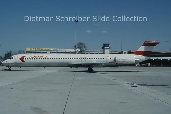 OE-LMC MDD MD81 (c/n 49372) Austrian Airlines