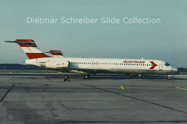 1993-08 OE-LMM MDD MD87 Austrian Airlines
