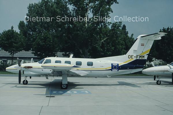 OE-FMM Piper 42
