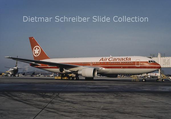 1992 C-FBEF Boeing 767-200 Air Canada