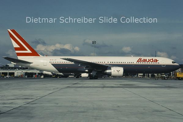 1993-03 OE-LAT Boeing 767-31AER (c/n 25273) Lauda Air