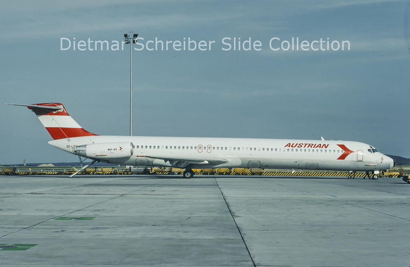 1993-08 OE-LDV MDD MD80 Austrian Airlines