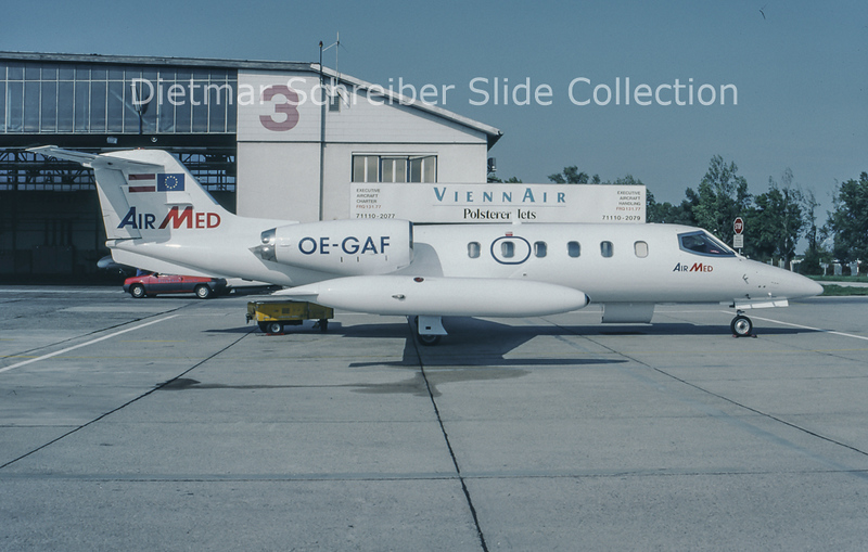 1993-10 OE-GAF Learjet 35 Air Med  c/n 35-382