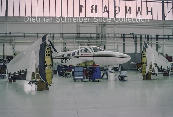 1993-12 OE-FKP Beech 58P Baron (c/n TJ-237)