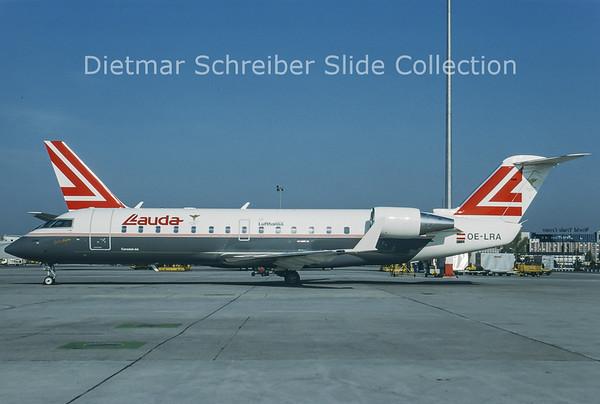 1995-04 OE-LRA Canadair Regionaljet 200 Lauda Air